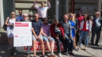 Peticijos pasirašymas (4)